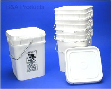 Square 4 Gallon Plastic Pail