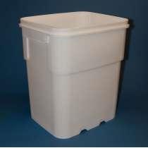 13 Gallon EZ Stor® Plastic Container