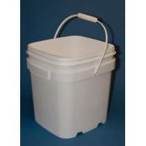 6 1/2 Gallon EZ Stor® Plastic Container