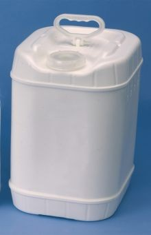 5 Gallon Rectangular Closed-Head Plastic Pails - White