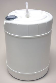 5 Gallon Round Closed-Head Plastic Pail - White