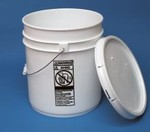 5 Gallon Open-Head Straight Sided Plastic Pail and Cover - White
